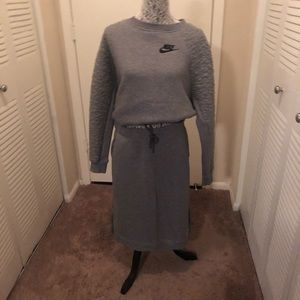 Women's Nike skirt and top set
